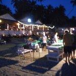 ресторан при отеле на пляже