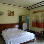 chambre tres spacieuse