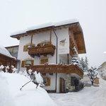 il residence sotto una storica nevicata (31.01.14)