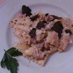 penchi stracinati con ricotta salsiccia e tartufo
