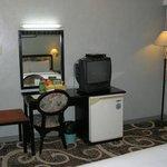 Minibar, TV and snacks