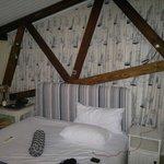 The room (2B)
