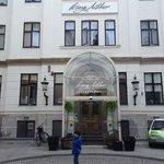 Inngangspartiet til hotellet