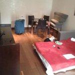 Sala da suite, com soá-cama aberto
