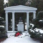Colonel Sander's Grave
