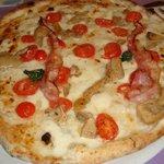 Pizza pomodorini e piccante