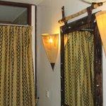 lamps in guestroom