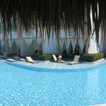 5705 Corner Swim Up from across pool