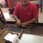 2 hour Shopping Tour - Cigars