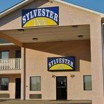 Sylvester Inn Entrance