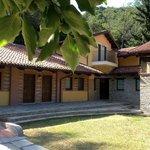 Ca' d'Giorgetto è una vecchia casa di campagna in stile piemontese completamente ristrutturata