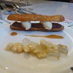 Chocolate Pudding Eclair with Roasted Banana Ice Cream and fresh Banana-Lime Agar Salad