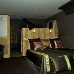 """La chambre""""Orient Express"""" vous invite aux voyages"""