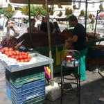 Уличный торговец фруктами