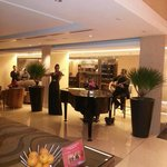 Playin musik at lobby