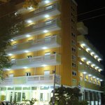 Photo of Hotel Villa Linda