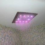 soffione doccia della spa