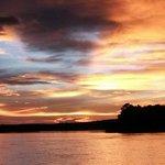 Por do sol no Rio Zambezi