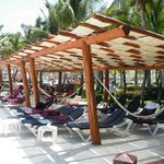 Sun Shaded Pergolas at every Poolside!