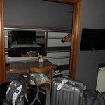kleine Lagermöglichkeit im Zimmer
