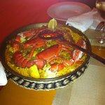 Paella de marisco y bogavante