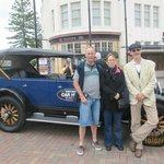 Chauffeur-driven 1927 Buick in Napier, NZ