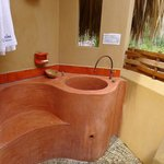 Double Private Room: Bathing Basin