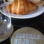 breakfast at castillo rojo