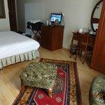 Room 204 interior 1 !