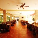 Feung Nakorn Dining area