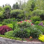 ... Bailey House English gardens