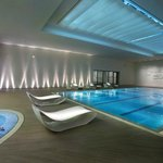 Swimming Pool (90792473)