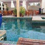 Ingresso piscina dal terrazzo