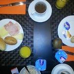 De eerste ronde van het uitgebreide ontbijt