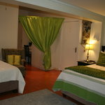 Luxury Green room with Single & Queen Bed