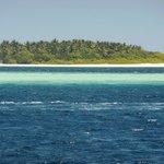 Kudadu - unbewohnte Insel gegenüber der Ostseite