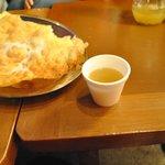 food tour with Ovi! empanada de viento y canelazo en la ronda
