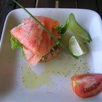 Lachs mit Frischkäse (für uns ohne scharfen Wasabi)