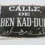 Placas en español en Asilah