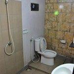 Simple bathroom @ Gili Smile Homestay