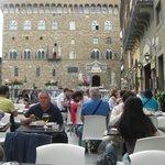 seduti sulla Piazza con vista impagabil ( lui eil mio grande amico,autorizza pubbl.photo )