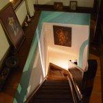 Acceso a la planta alta por las escaleras