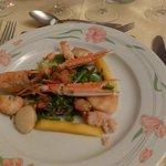 Entrée : Salade gambas et St Jacques