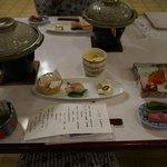 夕食は3種類からのチョイス,追加料金で鍋などもあり