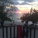 prachtige zonsondergang vanaf het balkon!