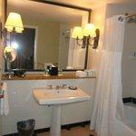 Ocean View Suite Bath