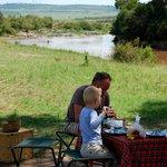 Breakfast at the Mara River!