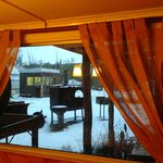 Vista al Exterior desde el Comedor en Invierno