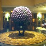 Shangri-La KL impressive lobby flowers