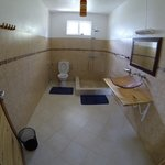 pingo first floor bath & toilet